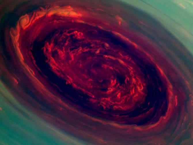 Год на Сатурне продолжается 30 земных лет