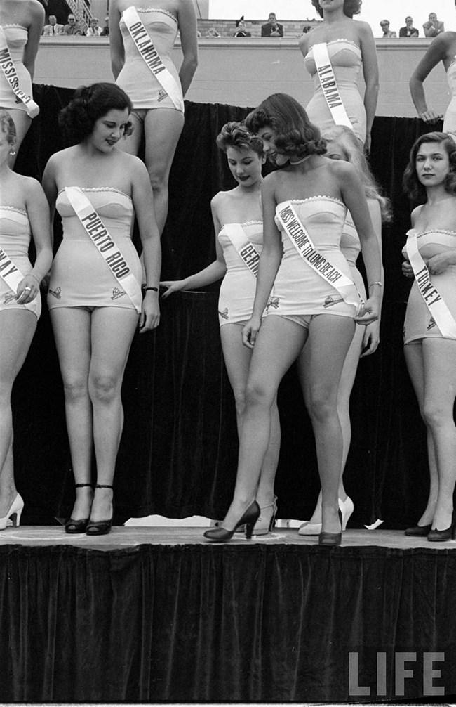 Miss_Universe_1952_007