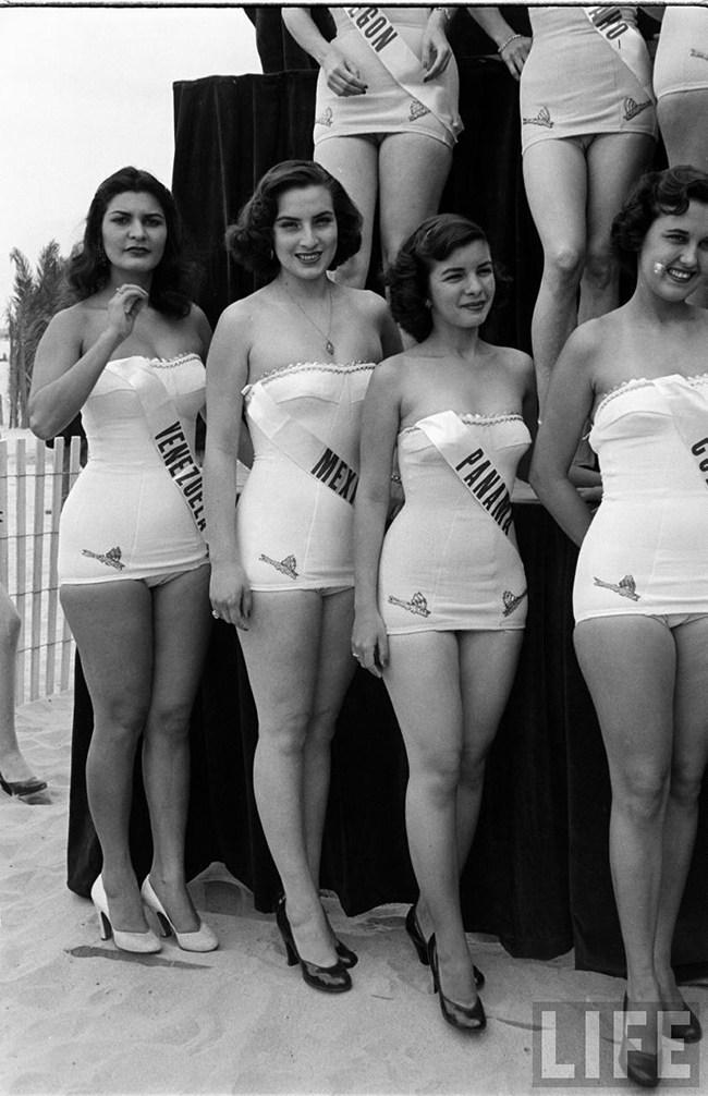 Miss_Universe_1952_010