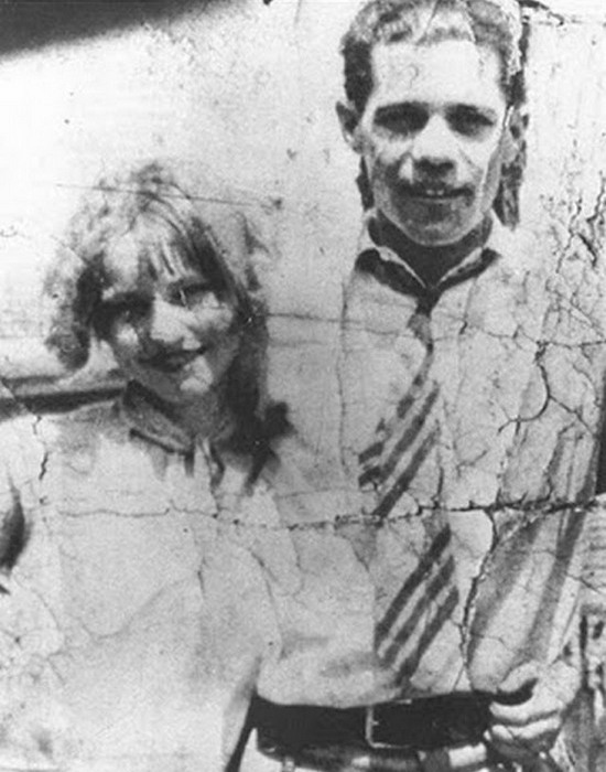 Бонни Паркер с первым мужем Роем Торнтоном.