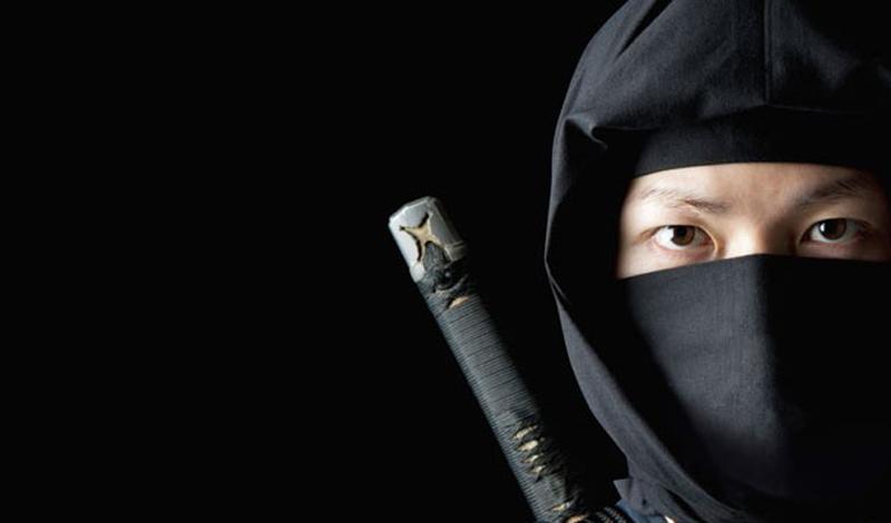 Воин в маске