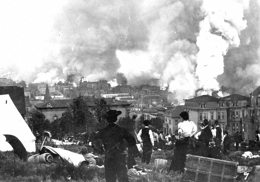Пожар в Сан-Франциско после землетрясения 1906 года.