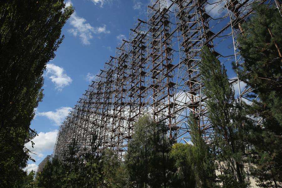 """Брошенная с советских времен холодной войны радиолокационная система известная как """"Дуга"""" используется для раннего обнаружения пусков межконтинентальных баллистических ракет."""