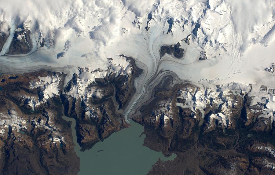 Ледовое поле Южной Патагонии. Озеро Вьедма.