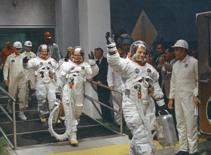Экипаж перед вылетом, 6 июля 1969