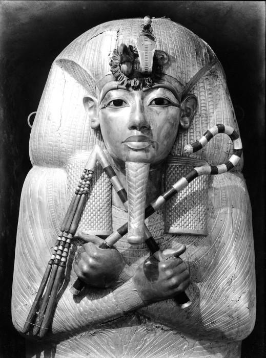 Внешний саркофаг Тутанхамона