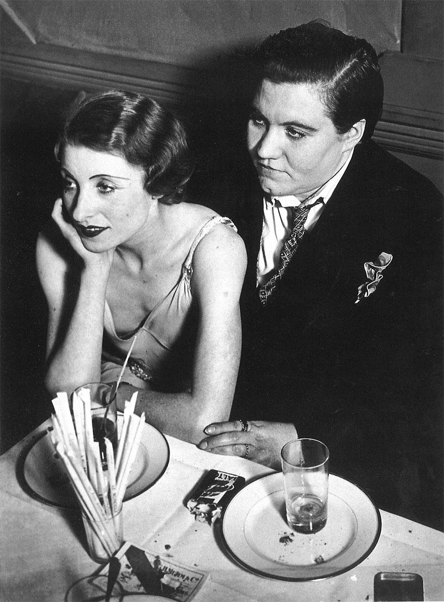 Лесбийская пара в Париже, 1932 г.