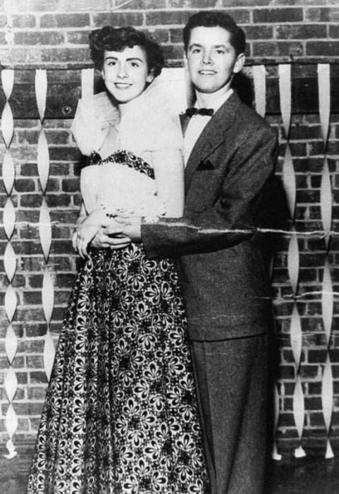 Джек Николсон в 1953 году на выпускном вечере