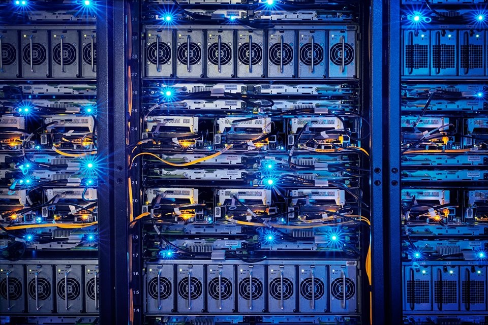 facebook_data_center_07