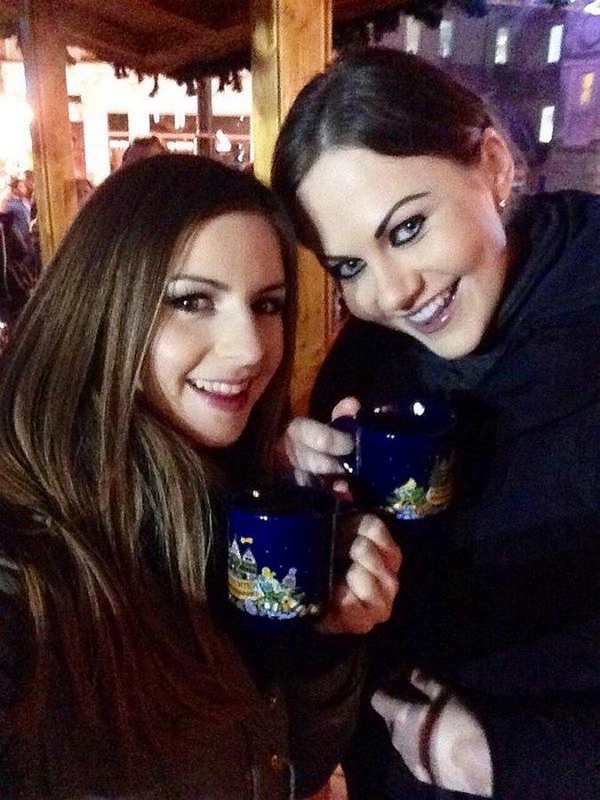 Стелла Кокс (Stella Cox) и Тина Кэй (Tina Kay)
