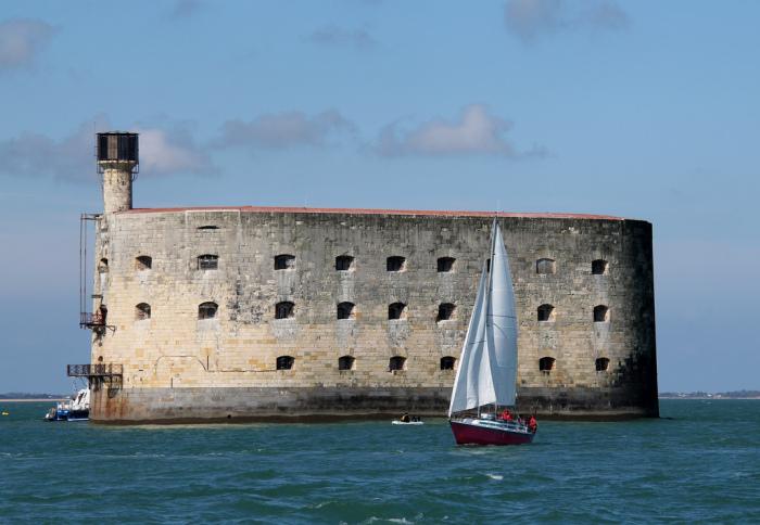 Форт Бойяр – военный долгострой, который так и не принял участие в войне.