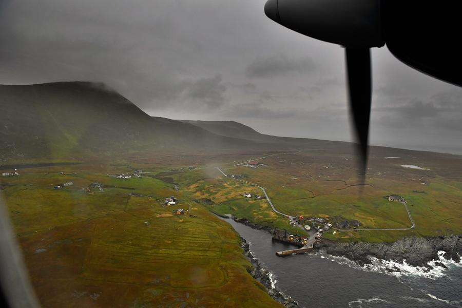 Вид на остров из самолёта.