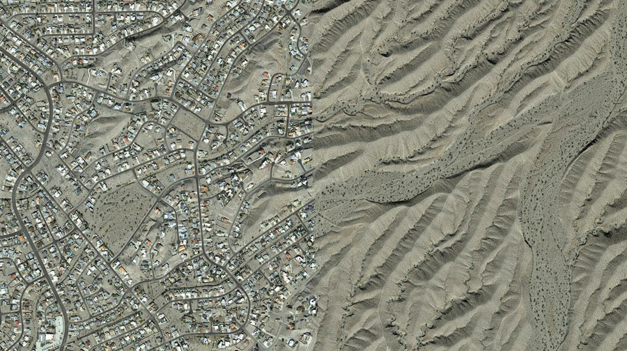 Город в пустыне, Лейк - Хавасу - Сити, штат Аризона.