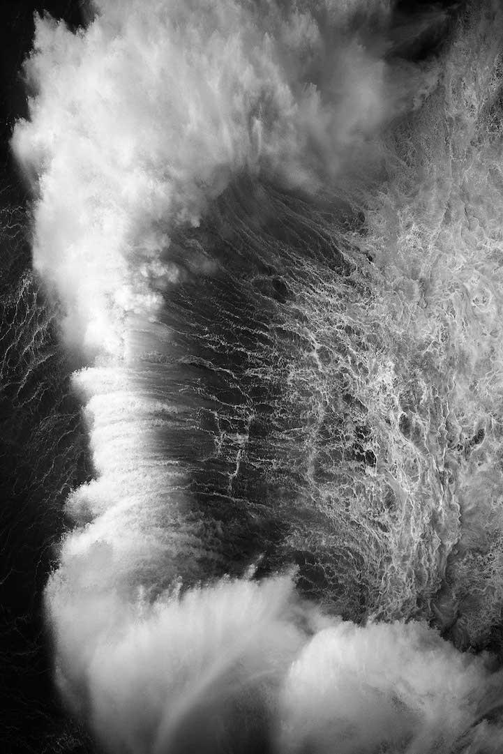 Завораживающие снимки мощи океанских волн