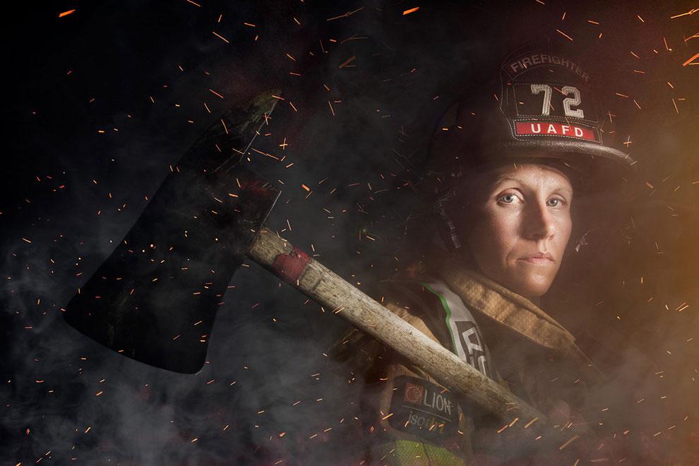 Пожарный Минди Габриэль, из Верхней Арлингтоне, штат Огайо.