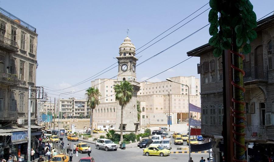 Башня с часами Баб аль-Фарадж в Алеппо, 20 августа 2007 года.