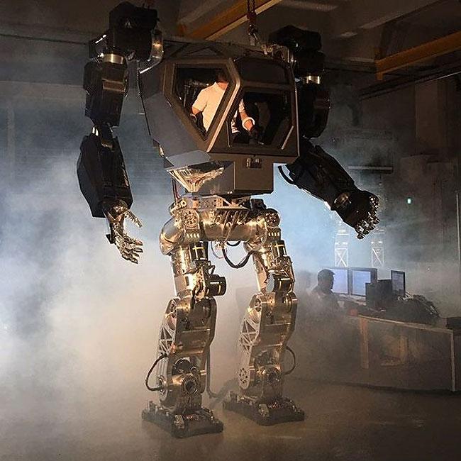 Method-1: Корейский пилотируемый робот, прямо как из Аватара