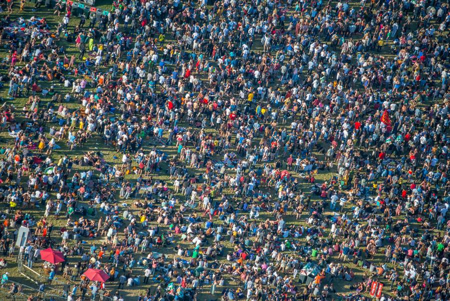 Люди на Ламбет шоу в Брокуэлл-Парке.