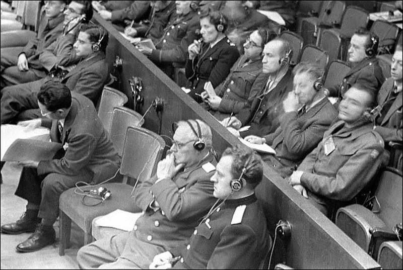 К.П.Горшенин и А.Я.Вышинский на заседании Международного военного трибунала во Дворце юстиции на Нюрнбергском процессе.