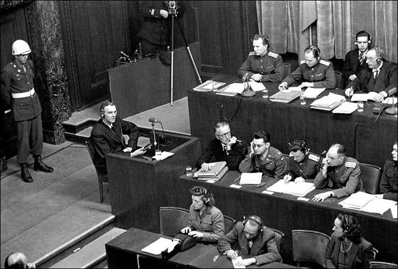 Допрос Фридриха Паулюса на Нюрнбергском процессе.