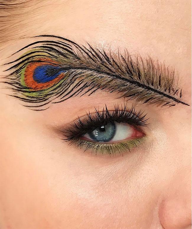 Новый модный тренд брови в виде перьев