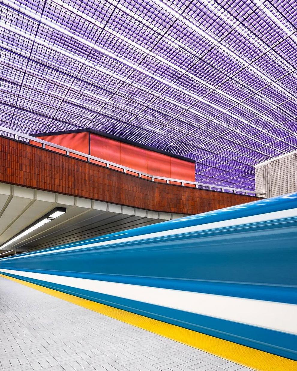 Необычные интерьеры станций метро по всему миру