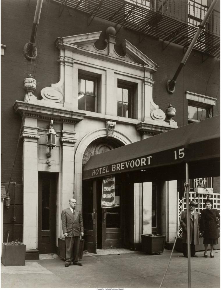 «Brevoort Hotel», Пятая авеню, 15, 24 октября 1935 г.