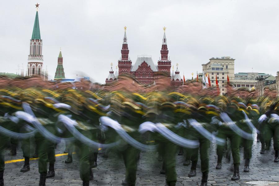 День Победы: Парад в Москве