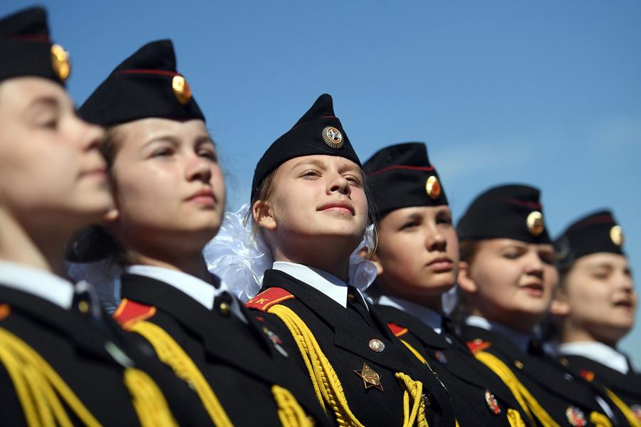 Российские кадеты на Поклонной горе (Парк Победы) 6 мая 2017 года, в рамках праздничных мероприятий посвященных предстоящей 72-й годовщины победы Советского Союза над фашистской Германией во Второй мировой войне.