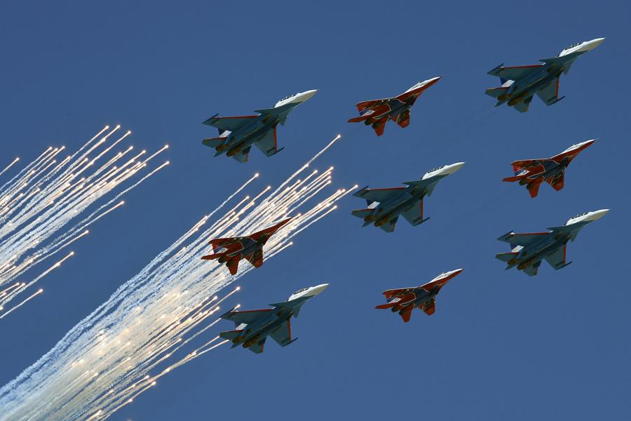 Репетиция самолетов МИГ-29 (Стрижи)