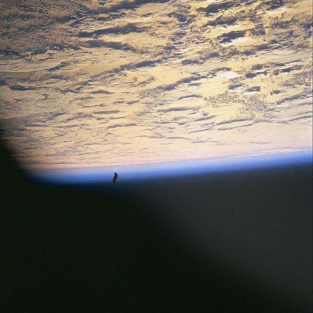 Разоблачение тайны «инопланетного спутника» Черный рыцарь