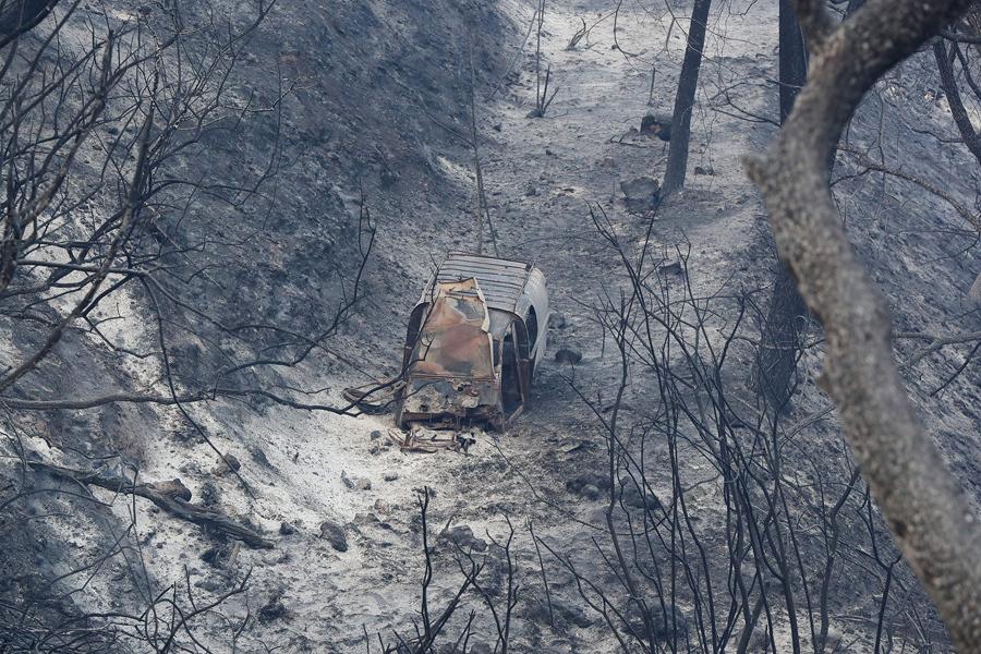 Сгоревший автомобиль после пожара.