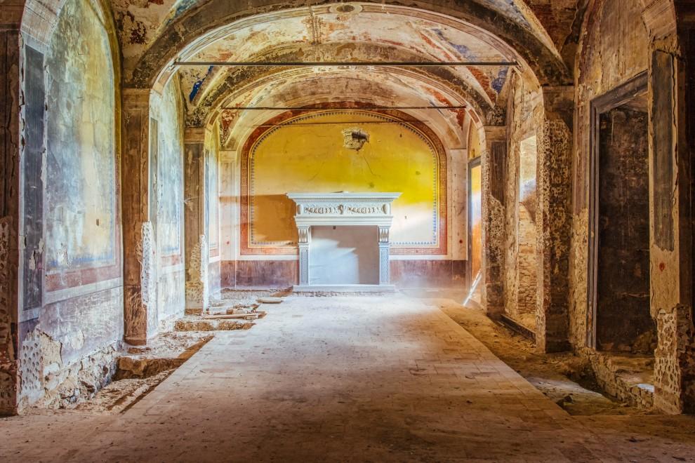 Заброшенные церкви со всего мира