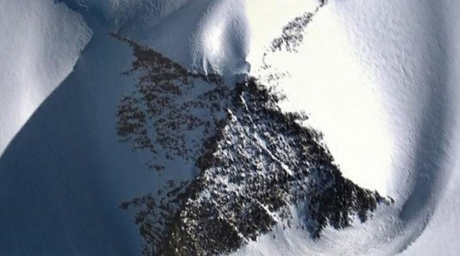 10 странных находок, обнаруженных учеными в Антарктиде
