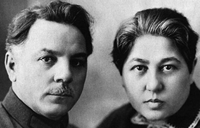 Климент Ворошилов с супругой Голдой Горбман.