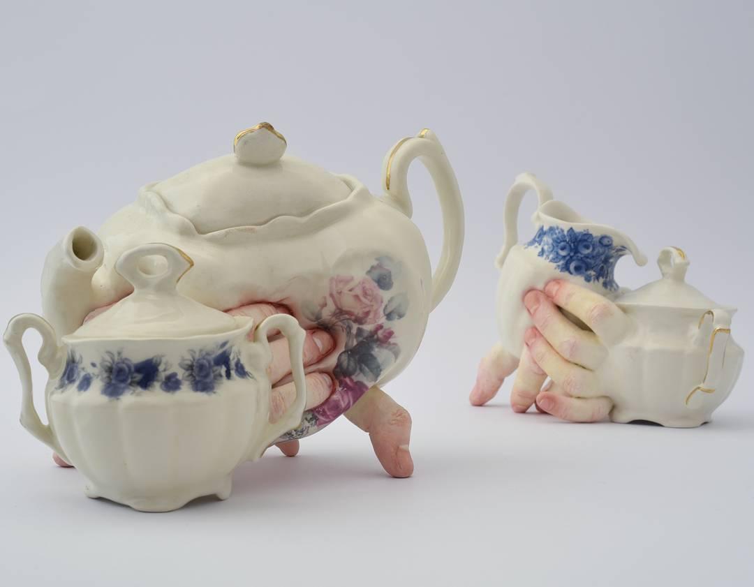 Странная керамическая посуда от Ронит Баранга