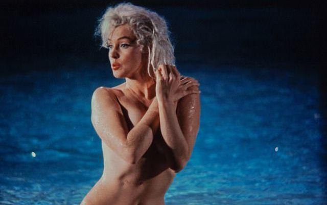 На аукционе в Нью-Йорке продадут 12 интимных снимков актрисы Мэрилин Монро
