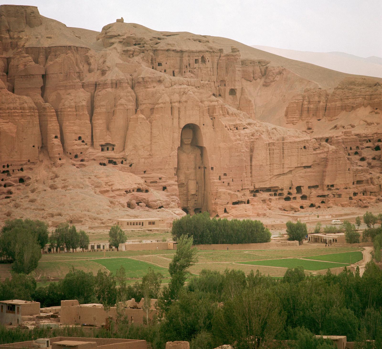 Бамианские статуи Будды, менее чем в 200 км северо-западнее Кабула, 1950 год