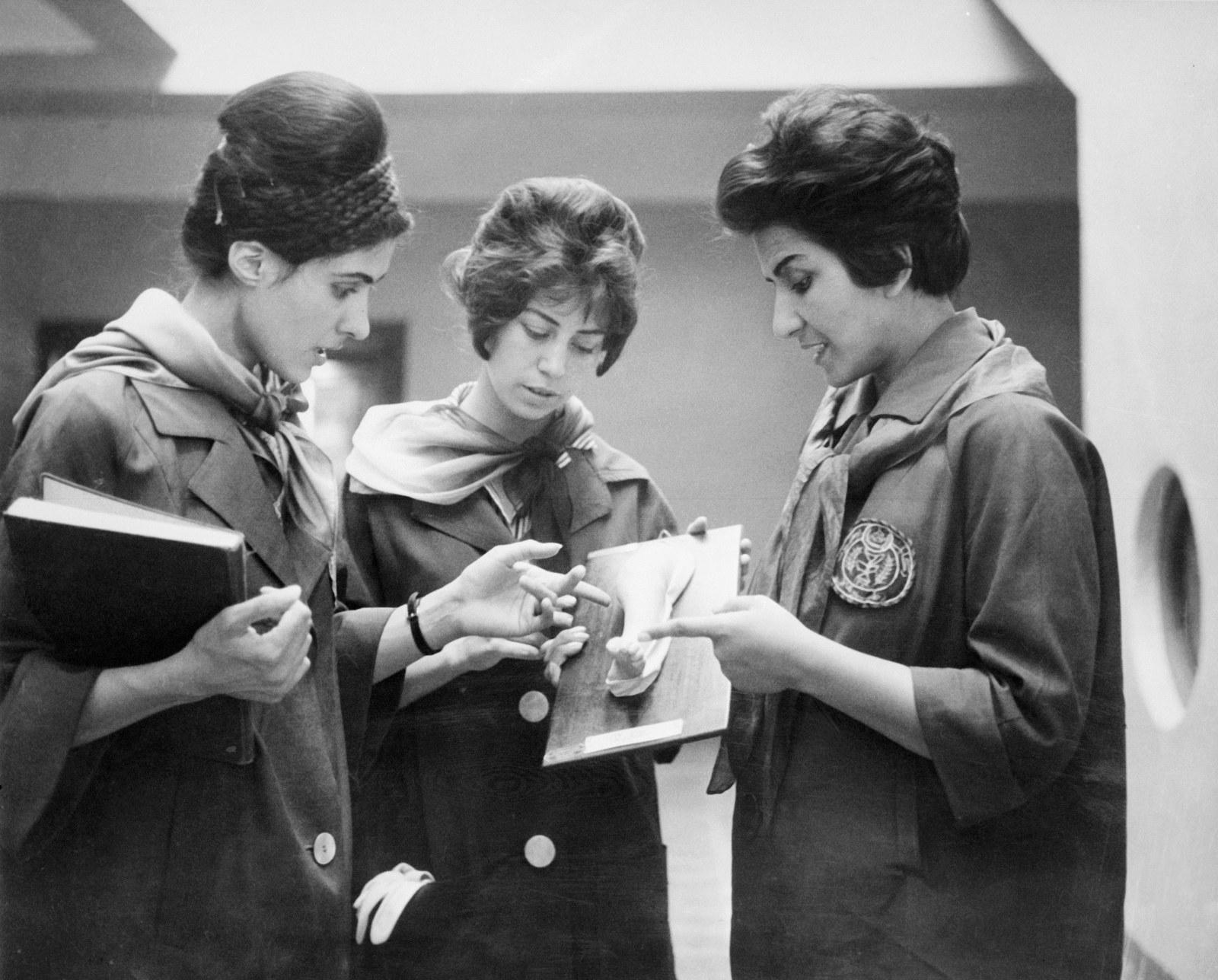 Студенты, будущие медики в Кабульском медицинском университете, 1962