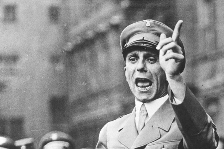 Кого Гитлер назначил своим преемником