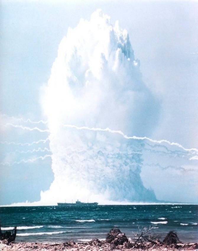 Экспериментальный подводный ядерный взрыв в Тихом океане, 1958 год: