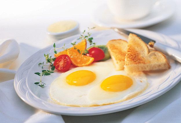 10 лайфхаков приготовления яйц