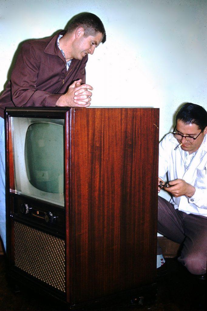 Ремонт телевизора, 1959 год