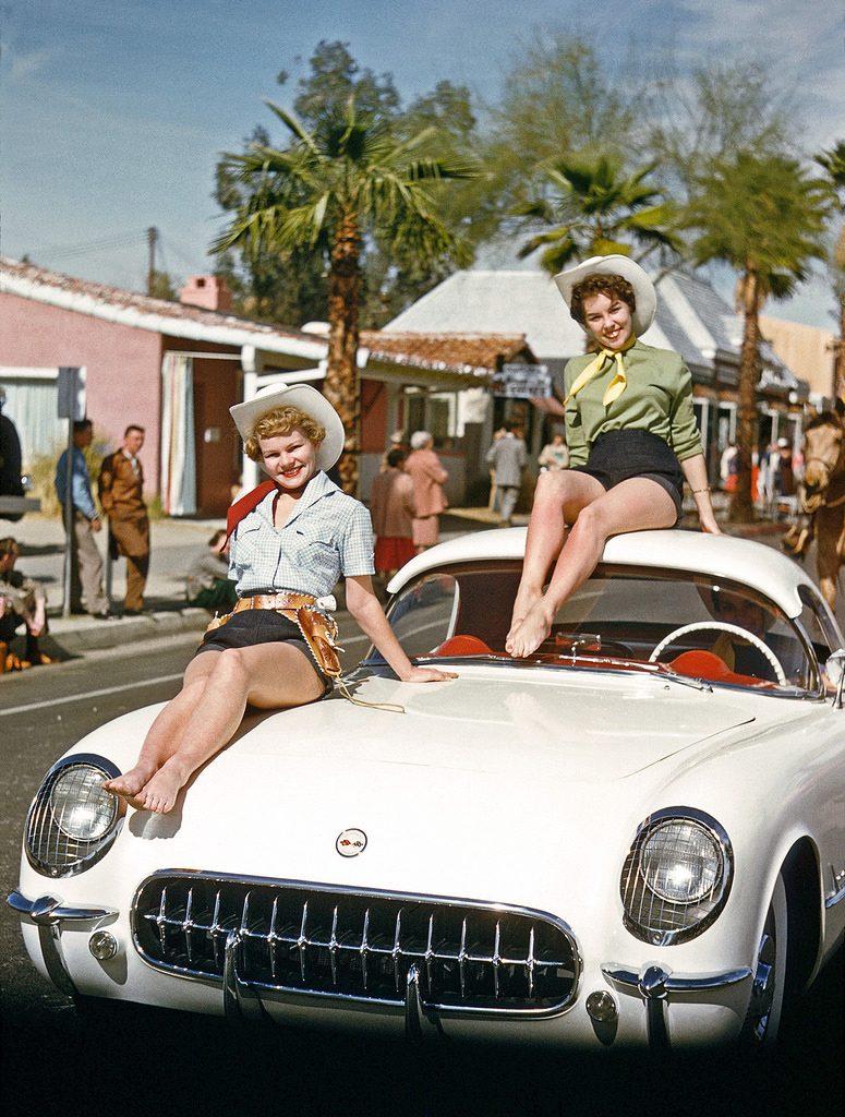 На параде в Палм-Спрингс, Флорида. 1955 год