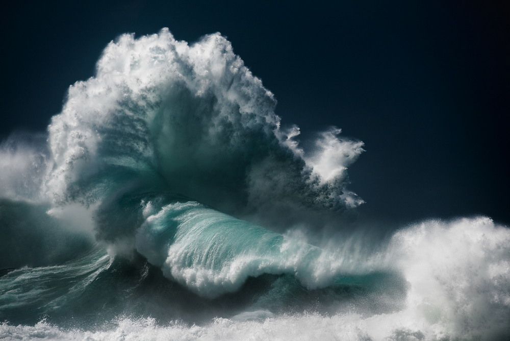 Красота океанских волн в фотографиях