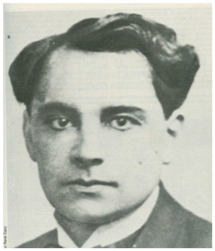 Марсель Андре Анри Феликс Петиот французский врач-убийца - убивал и расчленял женщин. В его доме были обнаруже останки более 40-ка жертв. Именно он, по мнению некоторых, является реальным прототипом Ганнибала Лектора