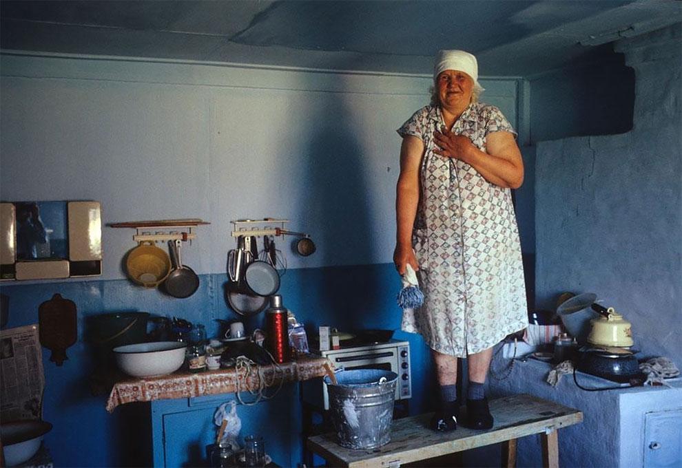 Костино, 1399 км от Красноярска по Енисею. Эрика Герлиц, из поволжских немцев, была депортирована в Костино в августе 1941 года, когда ей было 16 лет. 1993 г.