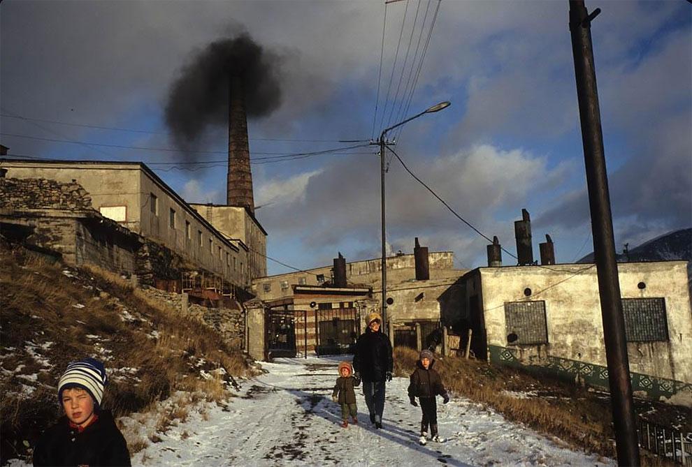 Бухта Провидения, Берингов пролив, местная электростанция, 1991 г.