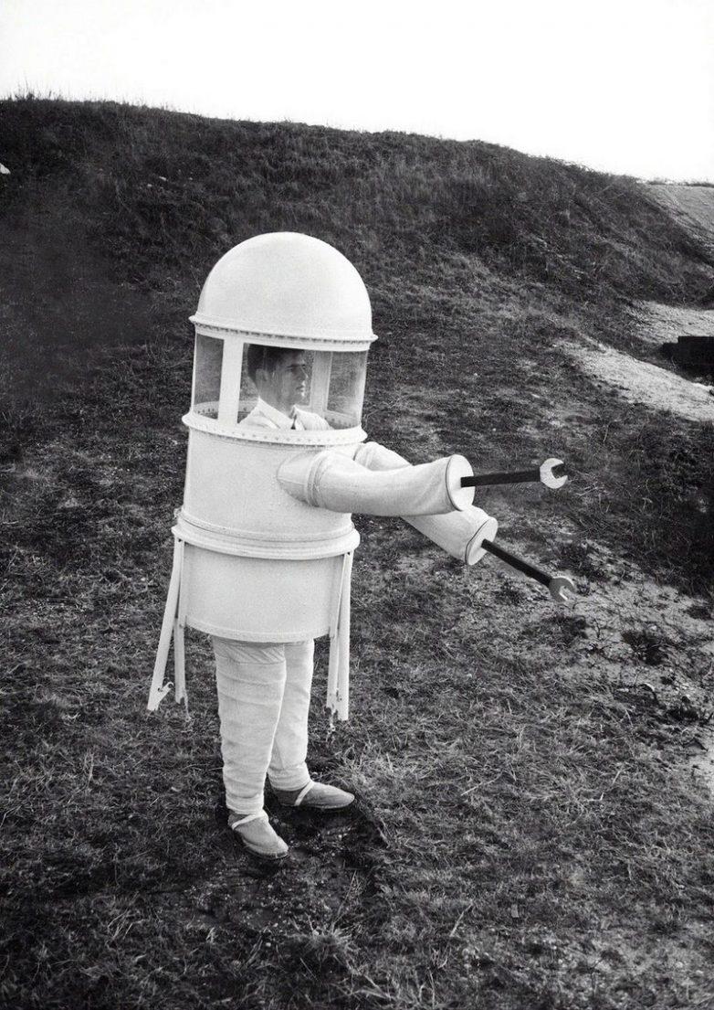 Костюм для прогулки по Луне, дизайн от Republic Aviation Corporation, 1960-е