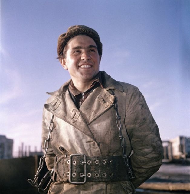 Постановочные цветные советские фотографии